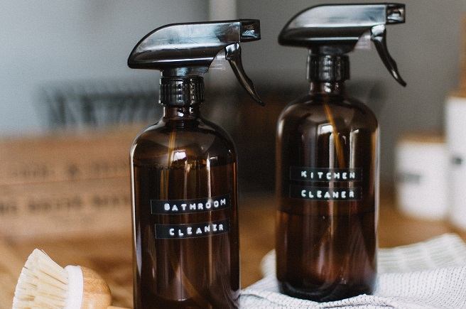 Homemade bathroom and kitchen cleaners