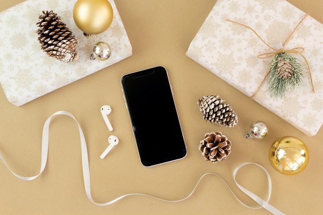Christmas decorations with iPhone and AirPods